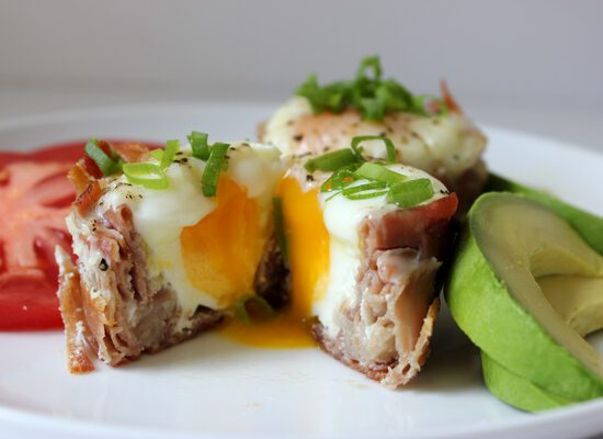 eggs in prosciutto cups || via withach.com